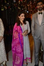 Soha Ali Khan, Kunal Kapoor walk for Maheka Mirpuri Show on 5th Oct 2016 (24)_57f5de01e1df9.JPG