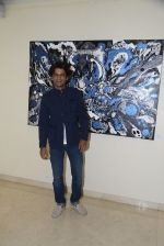 Sunil Grover at Anu Malhotra art exhibition in Mumbai on 5th Oct 2016 (154)_57f5e423366c6.JPG