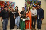 Sunil Grover at Anu Malhotra art exhibition in Mumbai on 5th Oct 2016 (194)_57f5e45134f46.JPG
