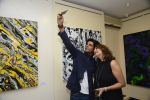 Sunil Grover at Anu Malhotra art exhibition in Mumbai on 5th Oct 2016 (198)_57f5e49673f1b.JPG