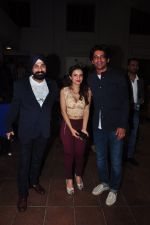 Sunil Grover at Kashmira Shah_s bash for film Come back to me on 5th Oct 2016 (210)_57f5eebb0e760.JPG