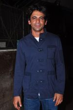 Sunil Grover at Kashmira Shah_s bash for film Come back to me on 5th Oct 2016 (212)_57f5eef4be0ed.JPG