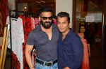 Sunil Shetty at Araish in Mumbai on 4th Oct 2016 (96)_57f5d1bf7b4f6.JPG