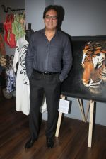 Talat Aziz at Amy Billimoria_s preview in Mumbai on 4th Oct 2016 (89)_57f5cd2907eaa.JPG