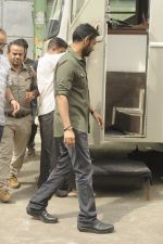Ajay Devgan snapped at Filmcity on 6th Oct 2016 (6)_57f72f8711ecd.JPG