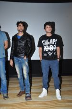 Divyendu Sharma, Harshad Chopra at the Trailer launch of film 2016 The End on 6th Oct 2016 (41)_57f76f12048f3.JPG