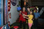 Farah Khan at smaash for jhalak promotions with welcome party for contestants on 6th Oct 2016 (1)_57f771aaee011.JPG