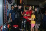 Farah Khan at smaash for jhalak promotions with welcome party for contestants on 6th Oct 2016 (10)_57f7722521255.JPG