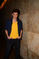 Hrithik Roshan snapped at Mirzya Screening on 6th Oct 2016 (55)_57f730450a192.JPG