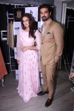 Huma Qureshi, Saqib Saleem at Tanzila Antulay store preview on 6th Oct 2016 (57)_57f73d1889ce5.JPG