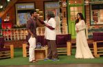Jennifer Winget, Kushal Tandon promote Beyhadh on the sets of The Kapil Sharma Show on 5th oct 2016 (8)_57f72af267a8c.JPG