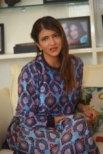 Lakshmi Manchu photo shoot on 5th Oct 2016 (70)_57f7358639a2f.JPG