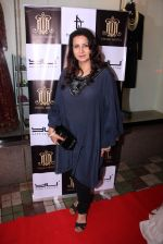 Poonam Dhillon at Tanzila Antulay store preview on 6th Oct 2016 (70)_57f73d4f466db.JPG