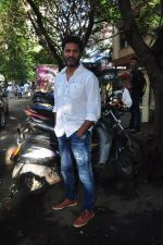 Prabhu Deva snapped in Mumbai on 6th Oct 2016 (10)_57f7360d90363.JPG