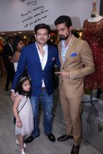 Saqib Saleem at Tanzila Antulay store preview on 6th Oct 2016 (25)_57f73d972ebf3.JPG