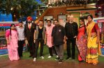 Shankar Ehsaan Loy on the sets of The Kapil Sharma Show on 5th Oct 2016 (1)_57f72cd00a450.JPG