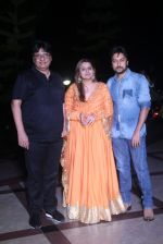 Vashu Bhagnani, Honey Bhagnani, Dheeraj Deshmukh at Tutak Tutak Tutiya premiere on 6th Oct 2016 (138)_57f7402420611.JPG