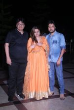 Vashu Bhagnani, Honey Bhagnani, Dheeraj Deshmukh at Tutak Tutak Tutiya premiere on 6th Oct 2016 (143)_57f73fe84d713.JPG
