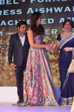 Aishwarya Rai Bachchan at Outlook Business Women Awards on 7th Oct 2016 (146)_57f898f3499f7.JPG