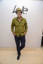 Chunky Pandey at Love Generation launch at Shoppers Stop on 7th Oct 2016 (223)_57f8a00605ffd.jpg