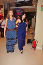 Ekta Kapoor at Love Generation launch at Shoppers Stop on 7th Oct 2016 (258)_57f8a00064489.JPG
