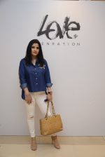 Maheep Kapoor at Love Generation launch at Shoppers Stop on 7th Oct 2016 (68)_57f8a00d0e5da.JPG
