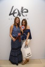Nandita Mahtani at Love Generation launch at Shoppers Stop on 7th Oct 2016 (77)_57f8a0b20a26e.JPG