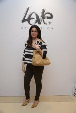 Neelam Kothari at Love Generation launch at Shoppers Stop on 7th Oct 2016 (50)_57f8a07254cf7.JPG
