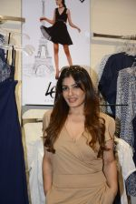 Raveena Tandon at Love Generation launch at Shoppers Stop on 7th Oct 2016 (236)_57f8a12ee390e.jpg