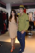Raveena Tandon at Love Generation launch at Shoppers Stop on 7th Oct 2016 (239)_57f8a1803c244.jpg