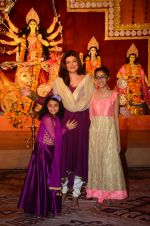 Sushmita Sen snapped at durga pooja on 7th Oct 2016 (37)_57f88bb0dfbce.JPG