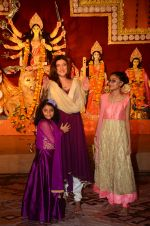 Sushmita Sen snapped at durga pooja on 7th Oct 2016 (39)_57f88bdb11d3a.JPG