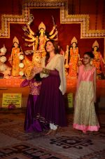 Sushmita Sen snapped at durga pooja on 7th Oct 2016 (40)_57f88bf267d19.JPG