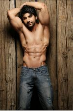 Aansh Arora_s hot bare body Photoshoot (10)_57fb2b56adb3d.jpg