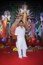 Armaan Jain at durga pooja on 9th Oct 2016 (59)_57fb6fc43fce6.JPG