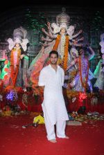 Armaan Jain at durga pooja on 9th Oct 2016 (60)_57fb6feeb32fc.JPG