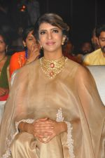 Lakshmi Manchu in Anamika Khanna and Amrapali jewels at Lakshmi Bomba audio launch (54)_57fb15fa5d259.JPG