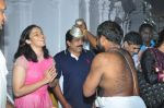 Sania Nehwal visits film nagat temple on 9th Oct 2016 (19)_57fb75f8b15d7.JPG