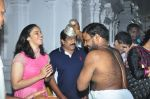 Sania Nehwal visits film nagat temple on 9th Oct 2016 (20)_57fb760059f35.JPG