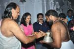 Sania Nehwal visits film nagat temple on 9th Oct 2016 (22)_57fb761e8c56c.JPG