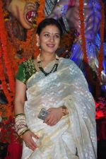 Sharbani Mukherjee at Durga Pooja on 10th Oct 2016 (38)_57fb78af89fd2.JPG