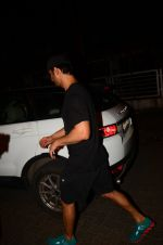 Sushant Singh Rajput snapped at Bandra and later at PVR on 9th Oct 2016 (6)_57fb6e956e10e.JPG