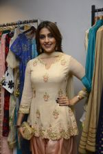 Aarti Chhabria at designer Manali Jagtap store festive collection launch on 10th Oct 2016 (135)_57fc895959377.JPG