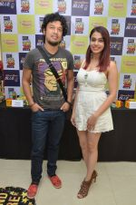 Papon and Shalmali Kholgade at the Announcement Of Mirchi Top 20 Concert on 10th Oct 2016 (26)_57fc86043a614.JPG