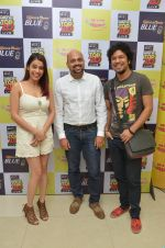 Papon and Shalmali Kholgade at the Announcement Of Mirchi Top 20 Concert on 10th Oct 2016 (1)_57fc84bfefb9d.JPG