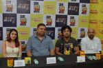 Papon and Shalmali Kholgade at the Announcement Of Mirchi Top 20 Concert on 10th Oct 2016 (18)_57fc84d70cc2a.JPG