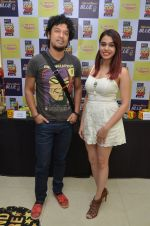 Papon and Shalmali Kholgade at the Announcement Of Mirchi Top 20 Concert on 10th Oct 2016 (27)_57fc84e69d5de.JPG
