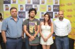 Papon and Shalmali Kholgade at the Announcement Of Mirchi Top 20 Concert on 10th Oct 2016 (28)_57fc860f6bef8.JPG