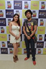 Papon and Shalmali Kholgade at the Announcement Of Mirchi Top 20 Concert on 10th Oct 2016 (35)_57fc84ff69978.JPG