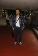 Rahul Dev snapped at airport on 11th Oct 2016 (24)_57fc7d7f76a0d.JPG